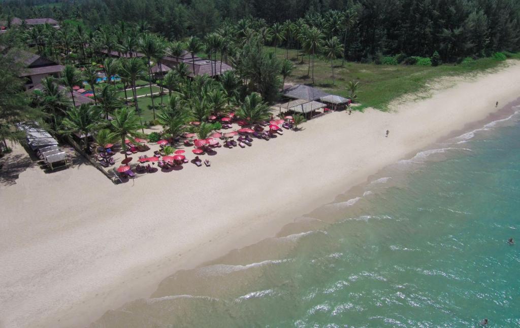 Blick auf Andamania Beach Resort, Khaolak aus der Vogelperspektive