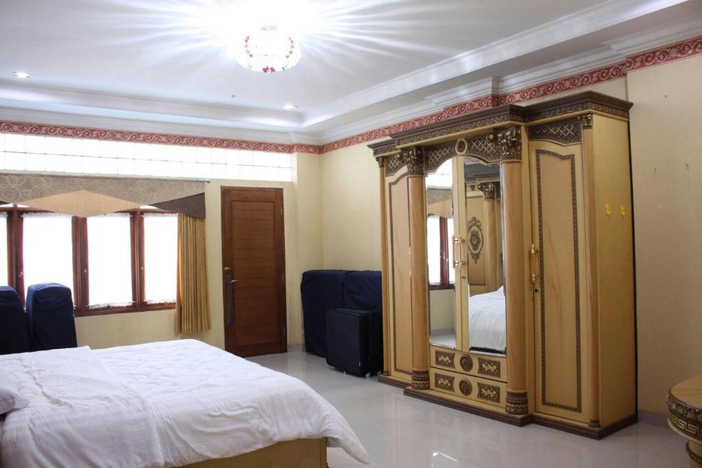 Villa Dago Wisata Bandung Indonesia Booking Com