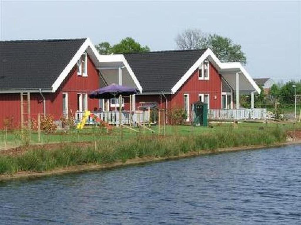 06 Ferienhaus Am See Deutschland Twist Booking Com