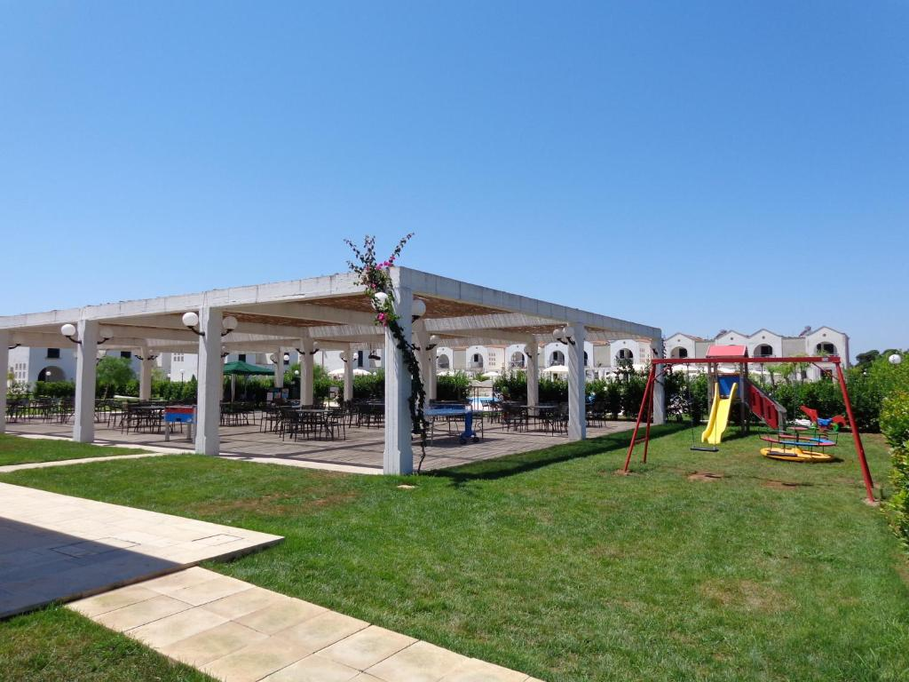 Blumare Club Village