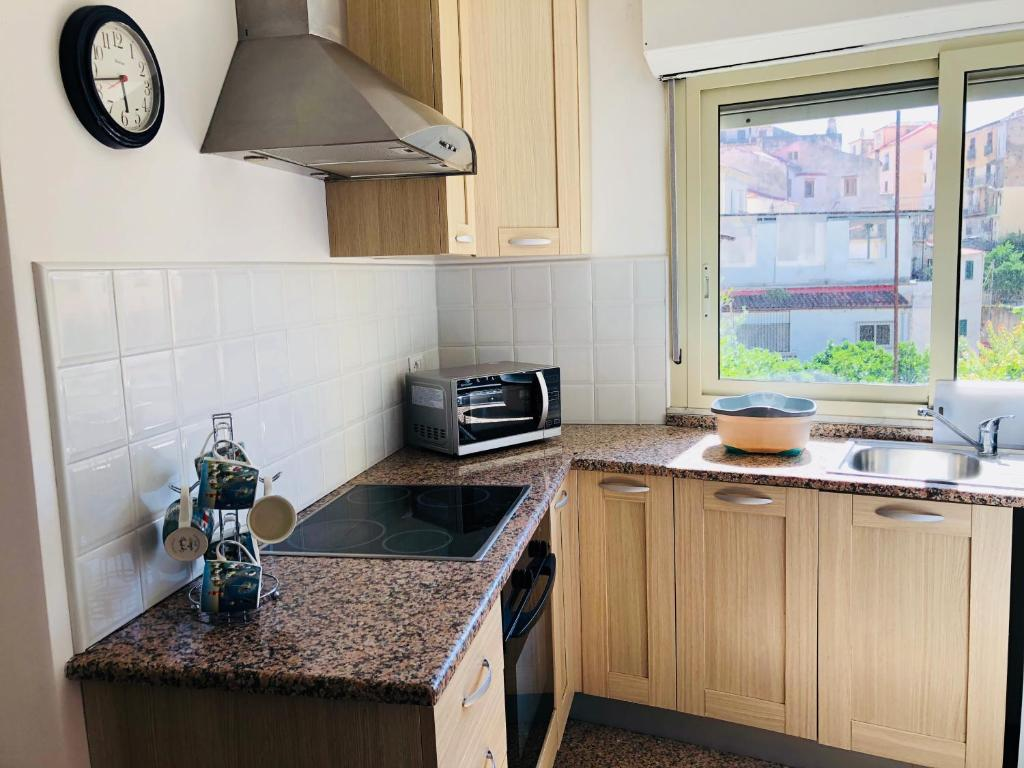 Apartment ll Gatto Pizzo city center apartment with ...