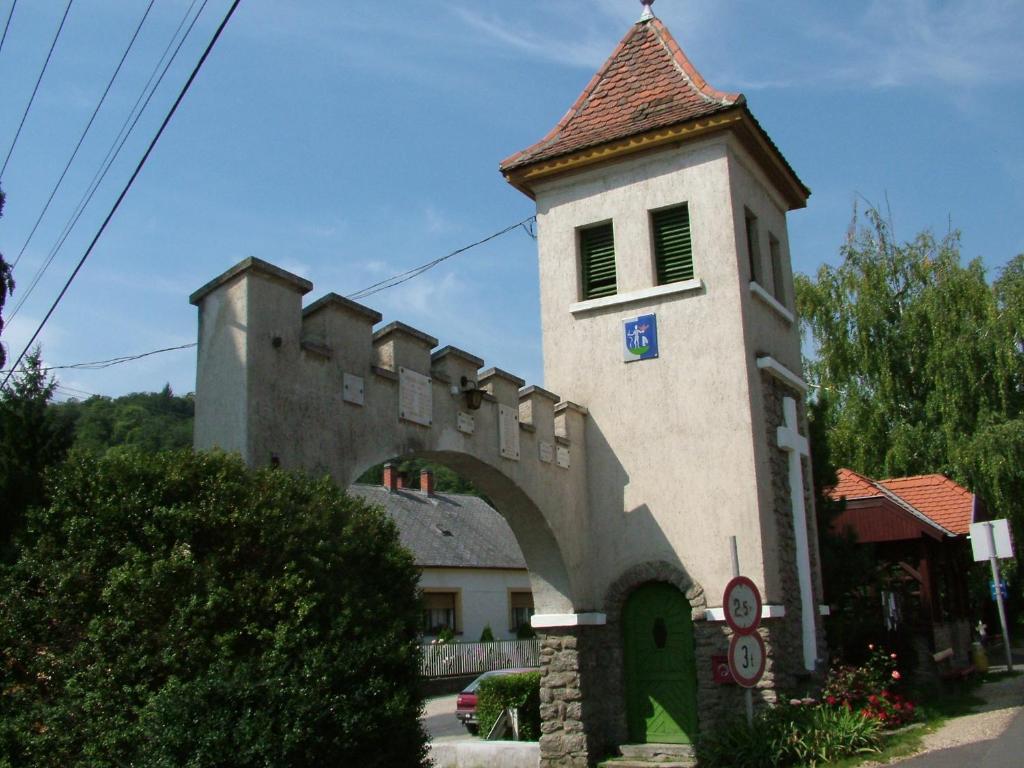 Gereben Villa