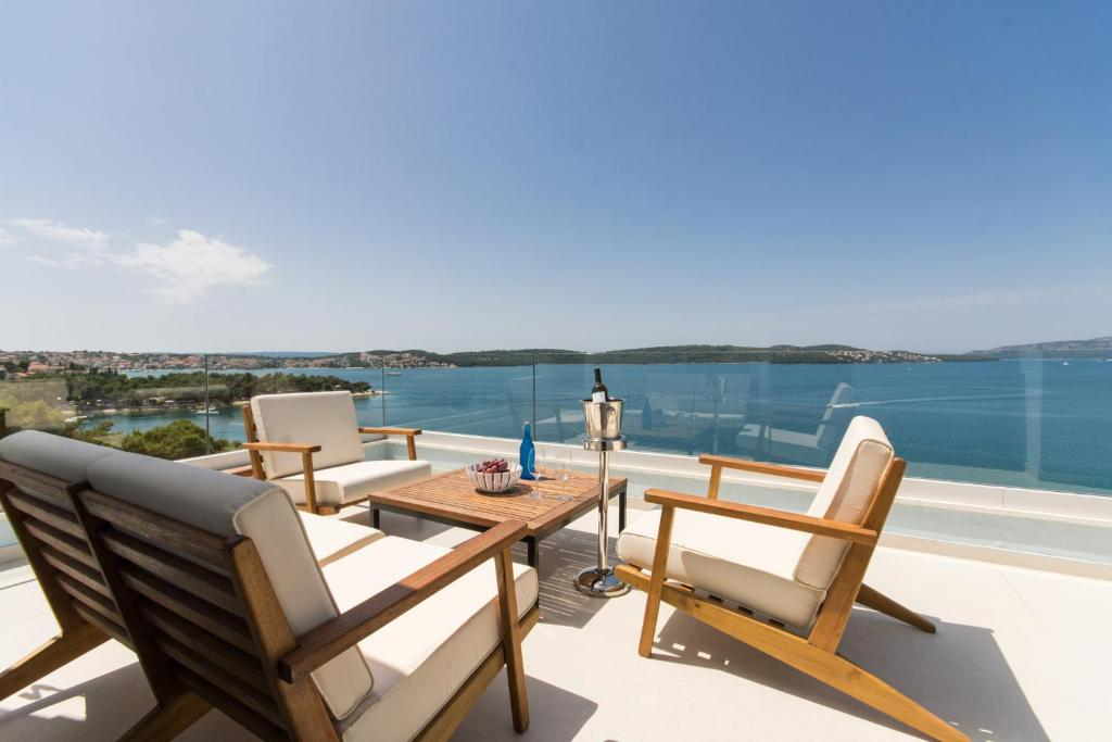 A balcony or terrace at Seafront Luxury Apartments Fun