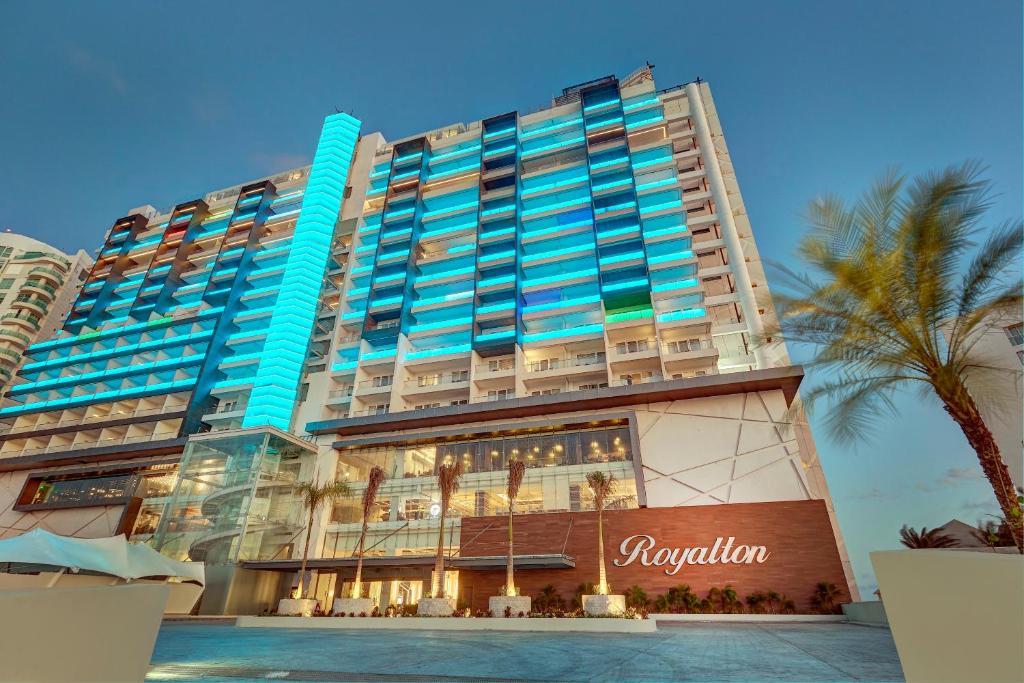 Resort Royalton (México Cancún) - Booking.com