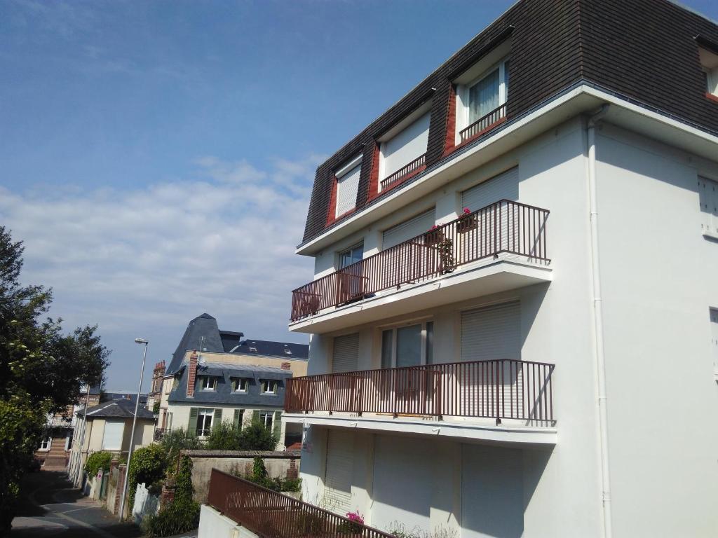 Résidence Alsace Lorraine Villers Sur Mer France Bookingcom