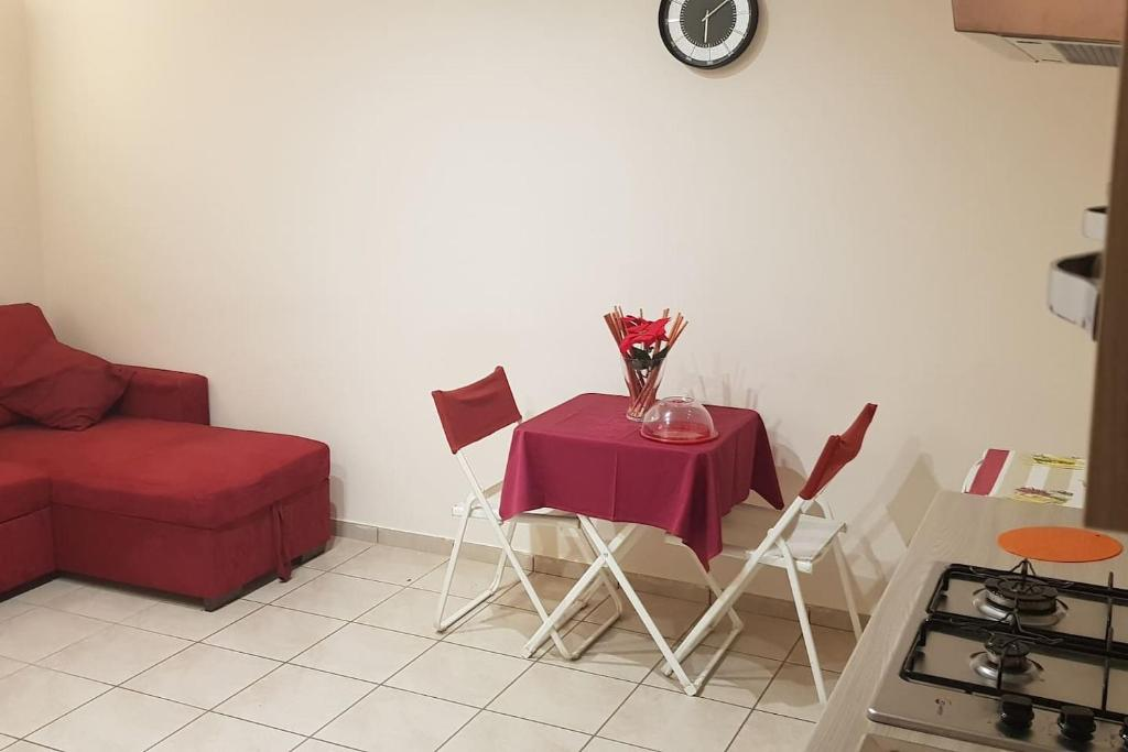 Casa vacanze Via Santa Caterina da Siena (Italia Napoli ...