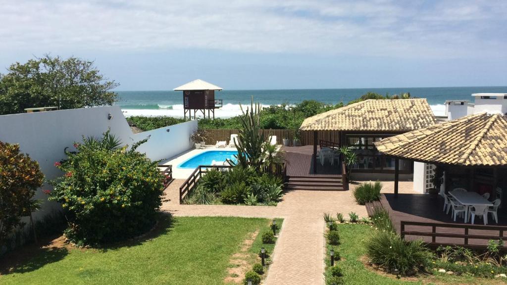 Vista de la piscina de Ingleses Sea Shore o alrededores