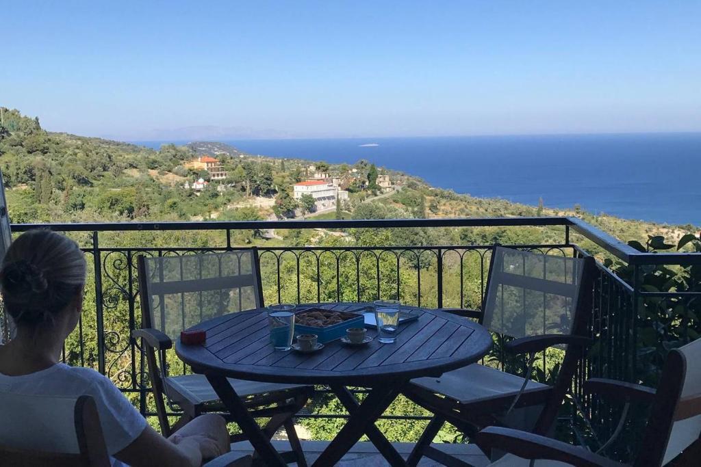 Magnificent Vacation Home Aegean Breeze Mansion Kymi Greece Booking Com Machost Co Dining Chair Design Ideas Machostcouk