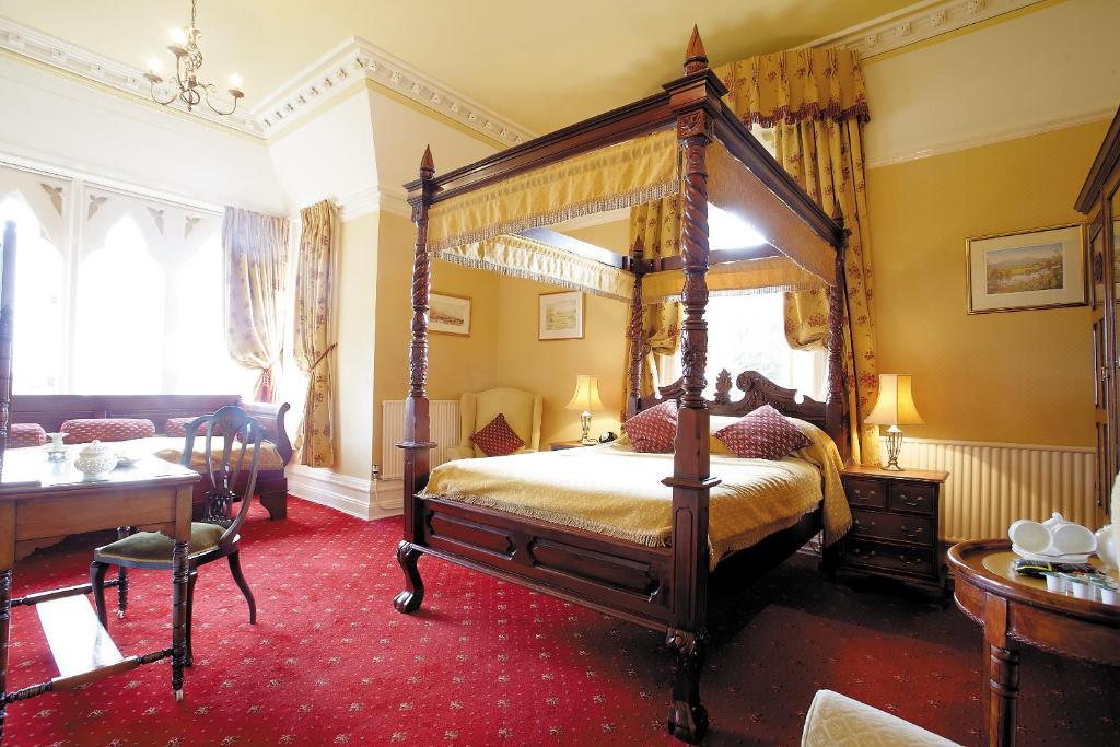 Cotford Hotel