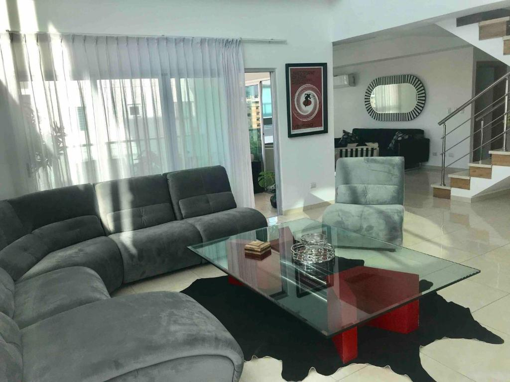 Apartment Beautiful, Modern 2 Bedrooms In The City, Santo ...