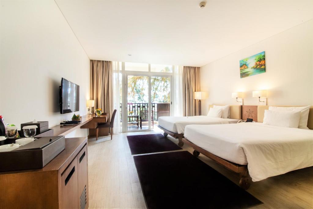 Suite Premium Có Ban Công - Nhìn Ra Vườn
