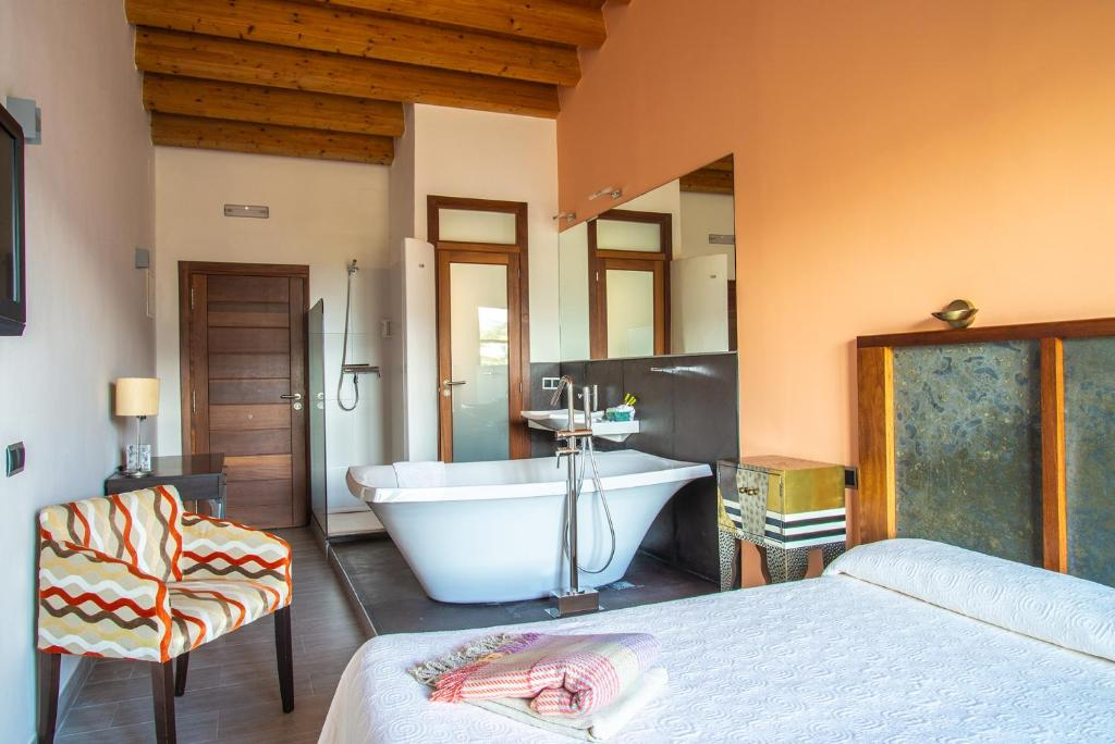 boutique hotels alcalali  4