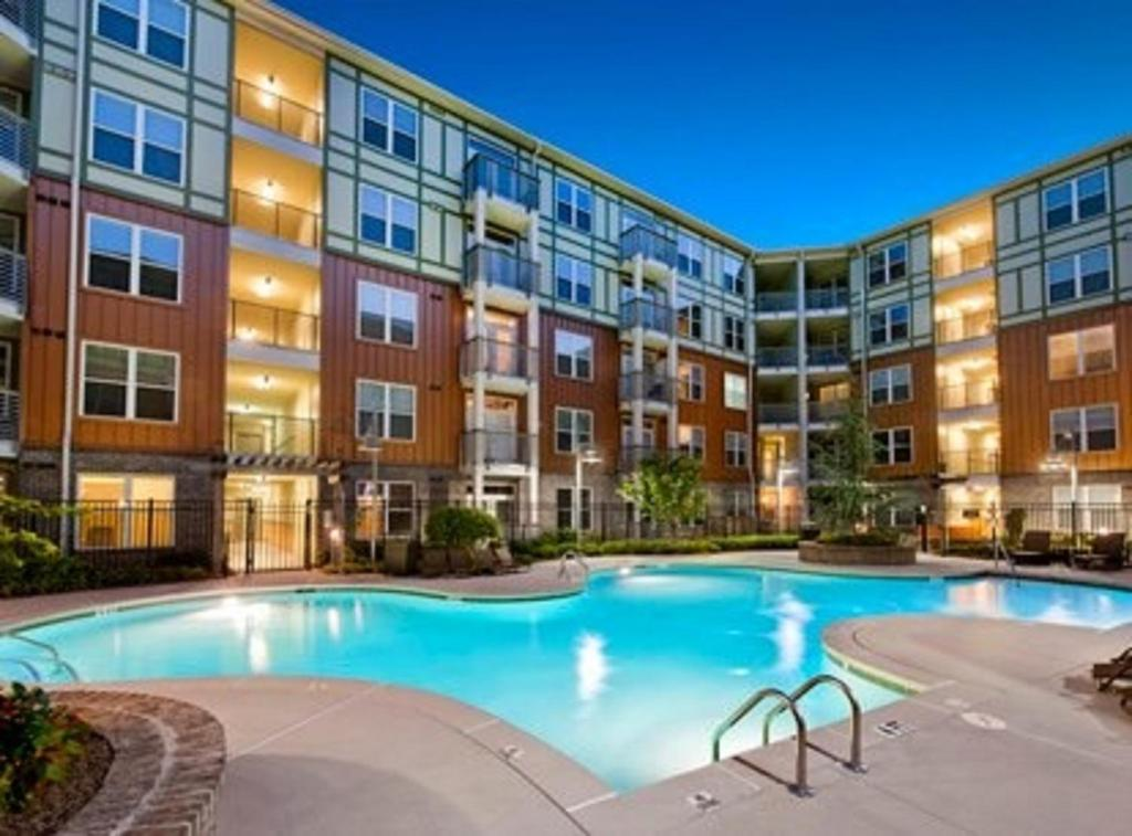 The swimming pool at or near Atlantic Station Homes