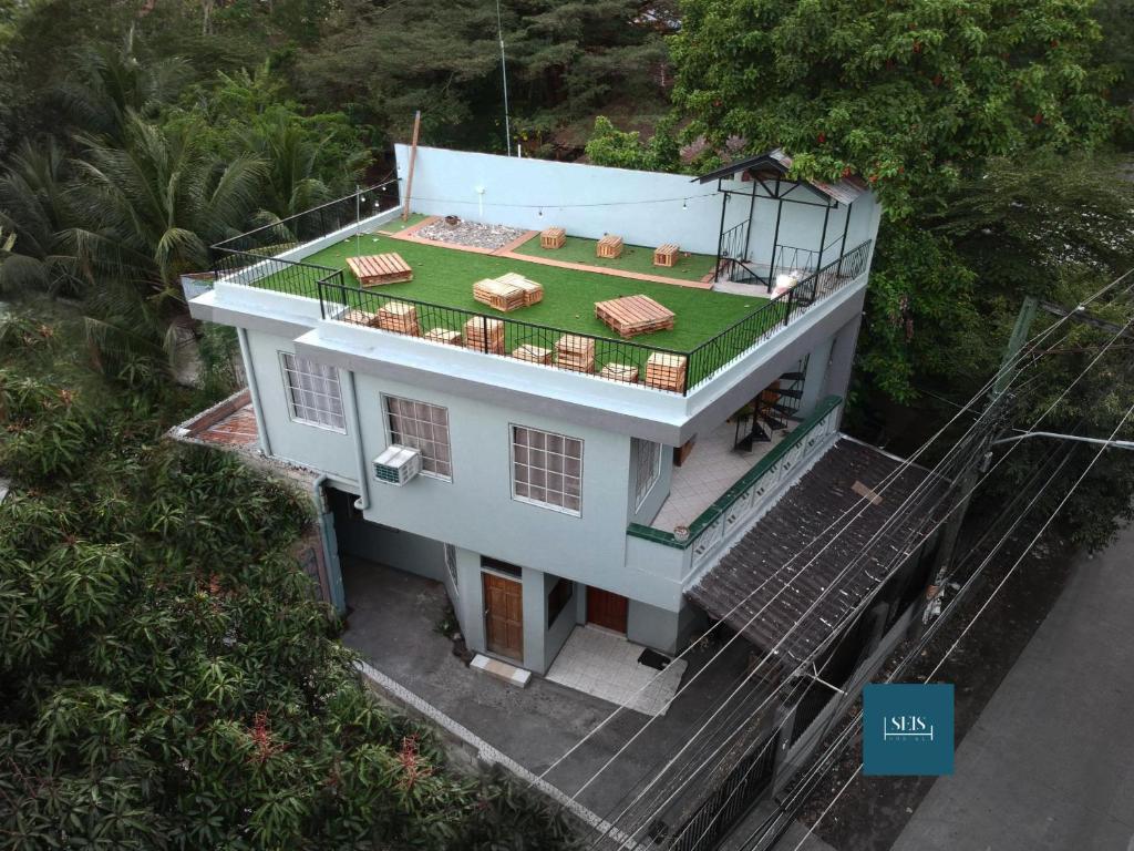 A bird's-eye view of Seis Hostel