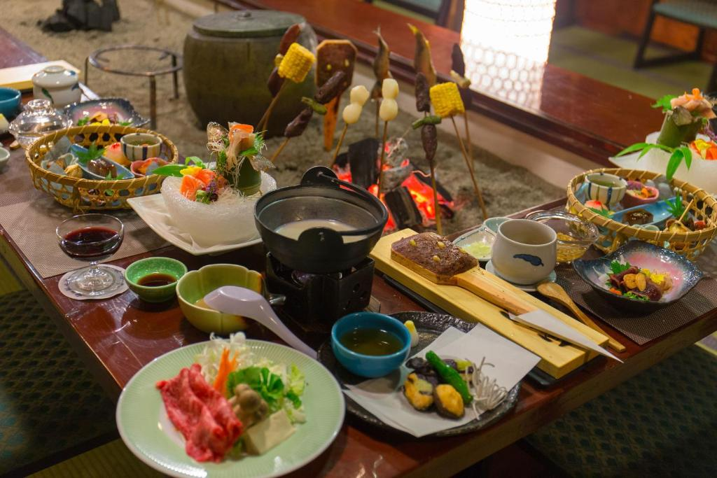 Nourriture dans le ryokan ou à proximité