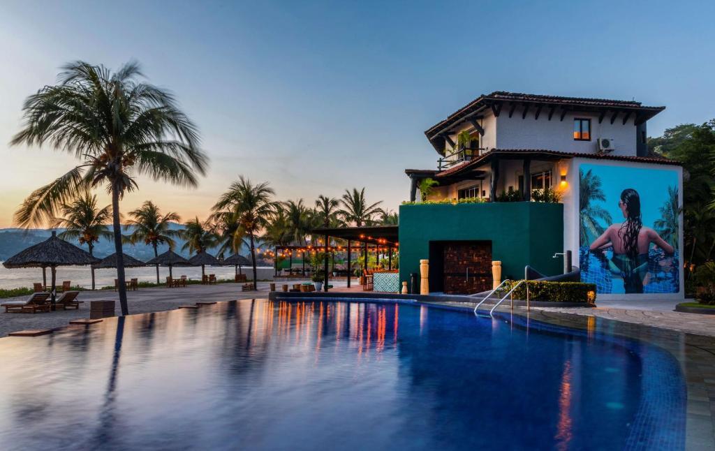 Hotel Thompson Zihuatanejo (México Zihuatanejo) - Booking.com