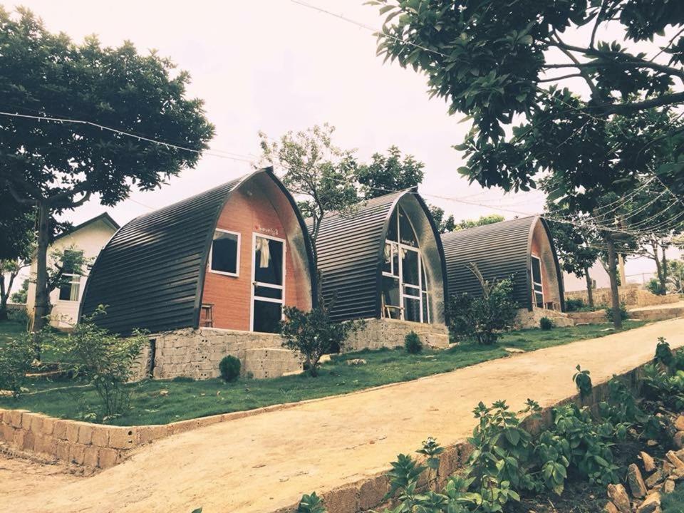 Doi House