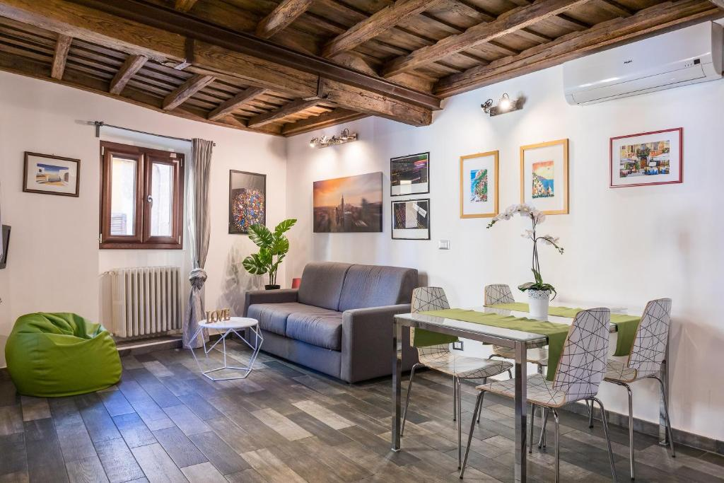 Chiavari Apartment