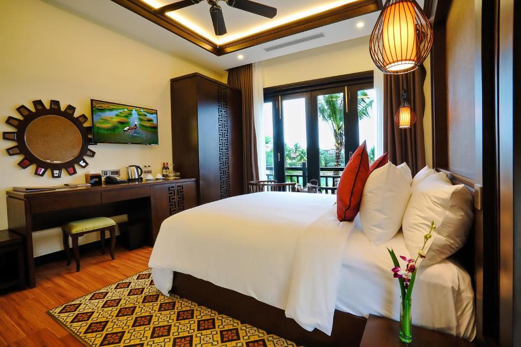 Biệt Thự 3 Phòng Ngủ Có Hồ Bơi Riêng Và Nhìn Ra Sông