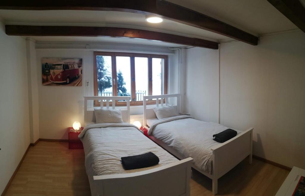 Ein Bett oder Betten in einem Zimmer der Unterkunft Meiringen Studio für 2 Personen
