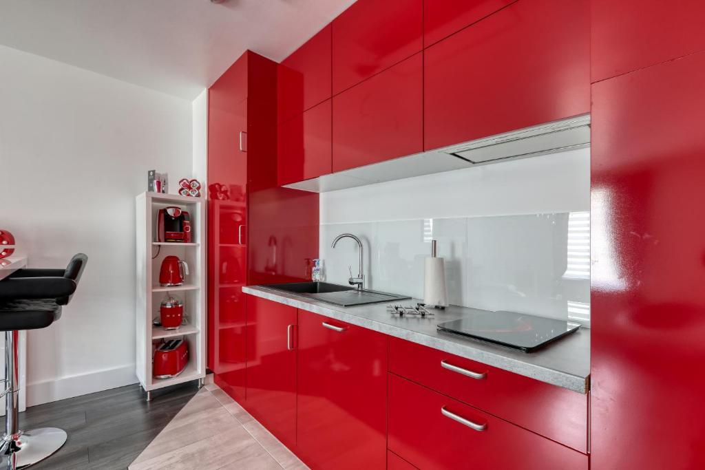 Apartment 123home Suite Spa Serris France Booking Com