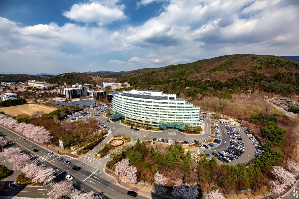 A bird's-eye view of The K Hotel Gyeongju