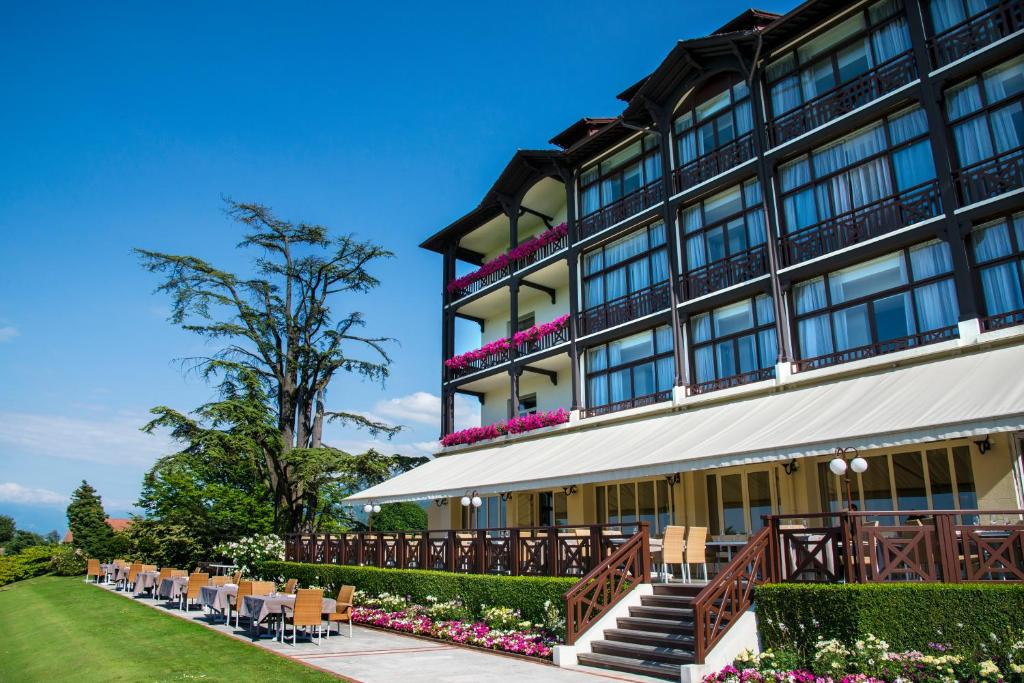 Hotel Ermitage Evian Les Bains France Booking Com