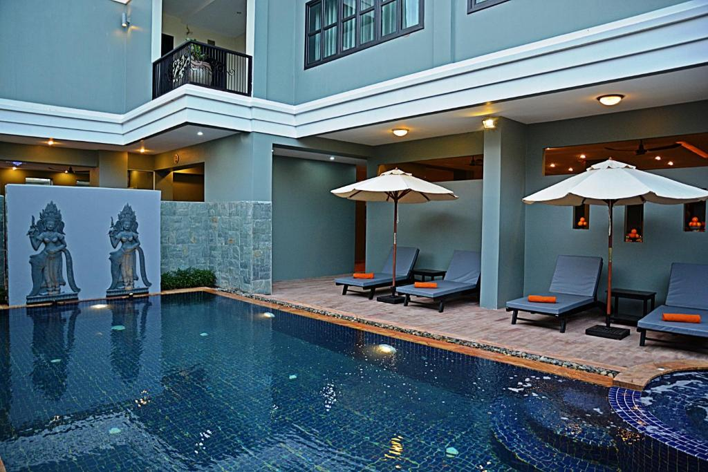 The swimming pool at or near Bayon Boutique
