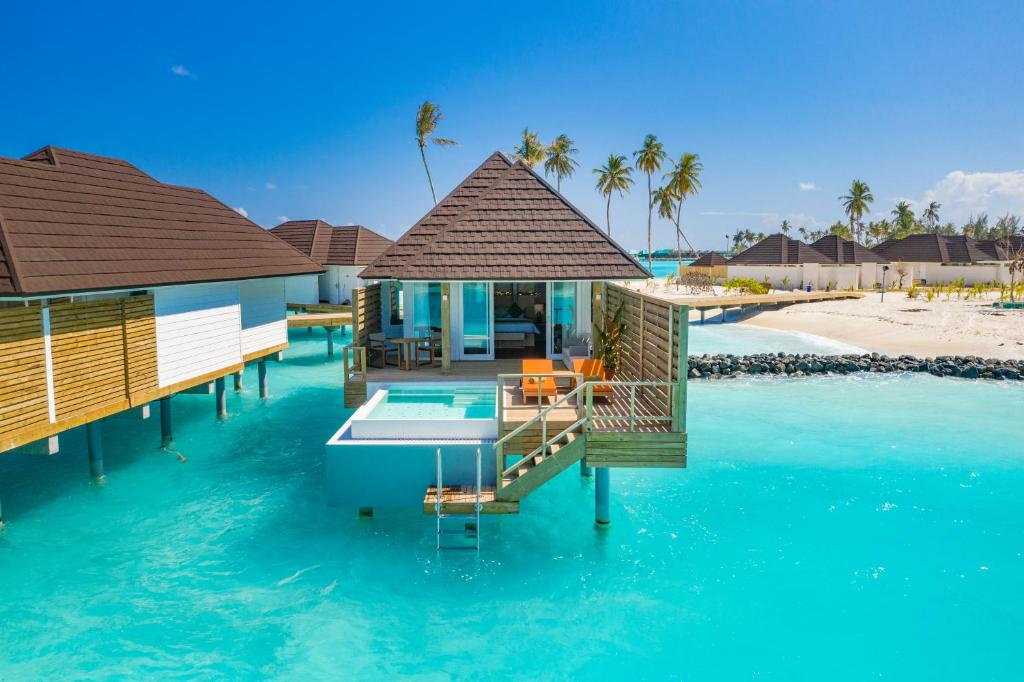 Resort Olhuveli Beach Spa Maldives
