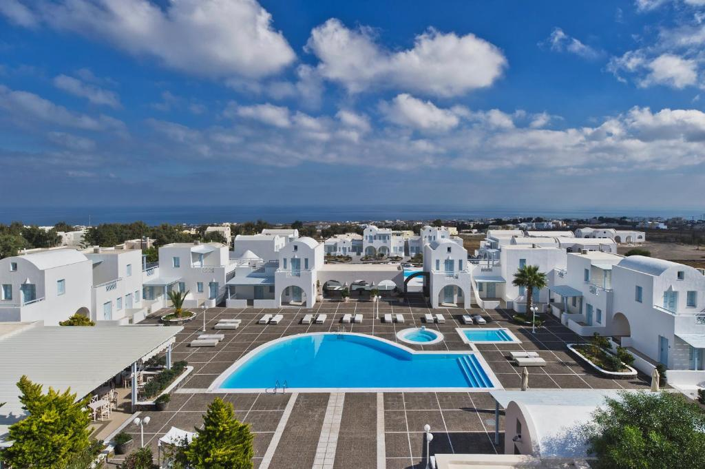 A view of the pool at El Greco Resort & Spa or nearby