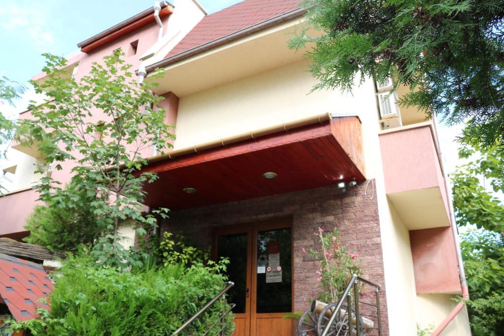 Hotel Visage Yambol Obnoveni Ceni 2020