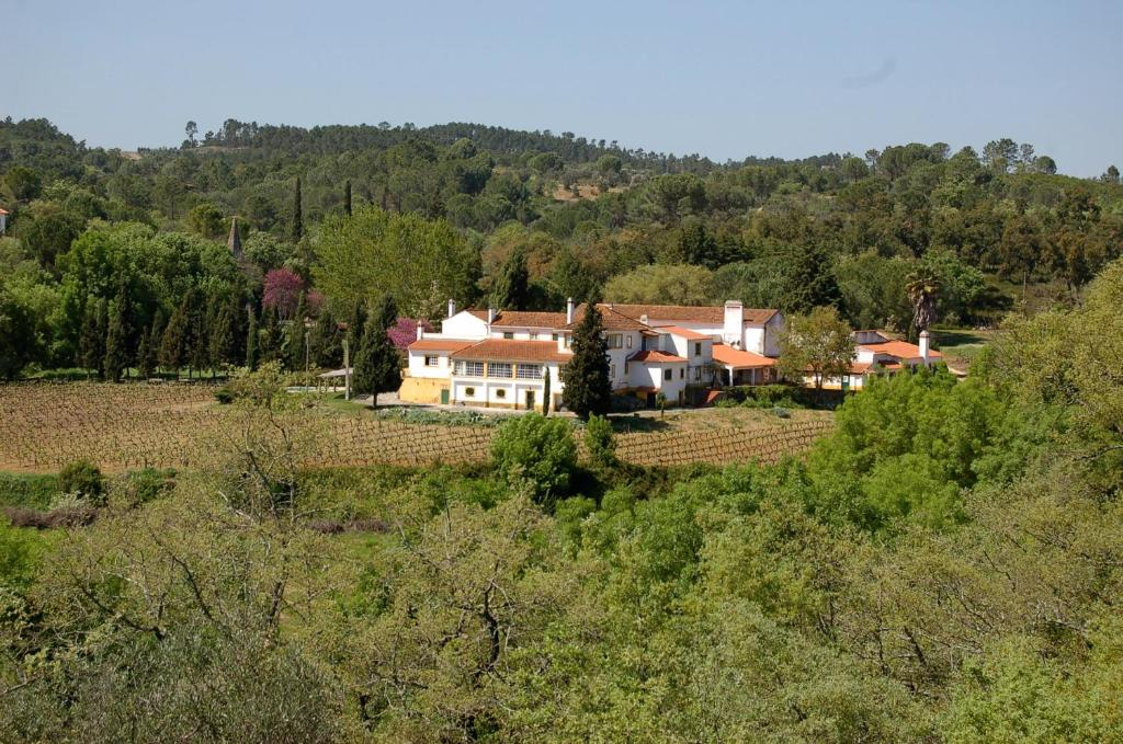 A bird's-eye view of Quinta da Anunciada Velha