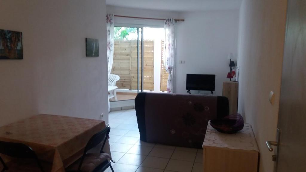 Apartment Jardin De La Roseraie, Sainte-Clotilde, Reunion ...