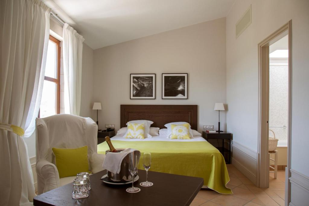 boutique hotels in ollers  25