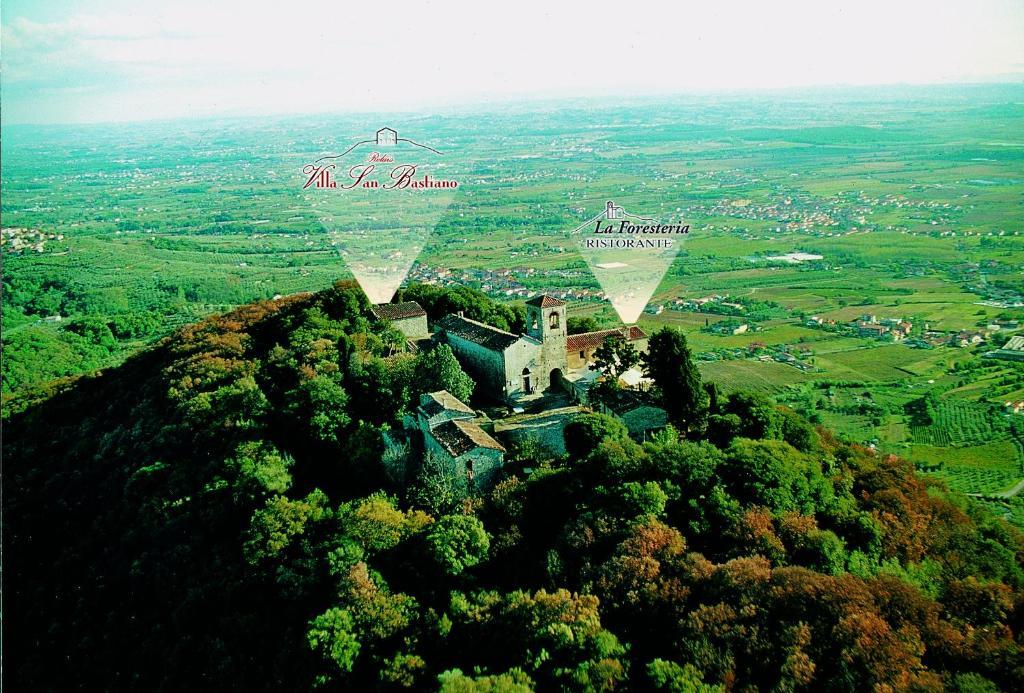 A bird's-eye view of Relais Villa San Bastiano