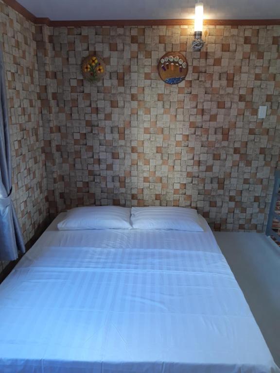 Khanh Vi House