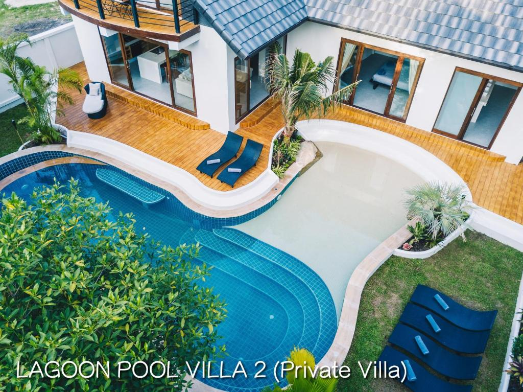 A view of the pool at Coco Lilly Villas or nearby