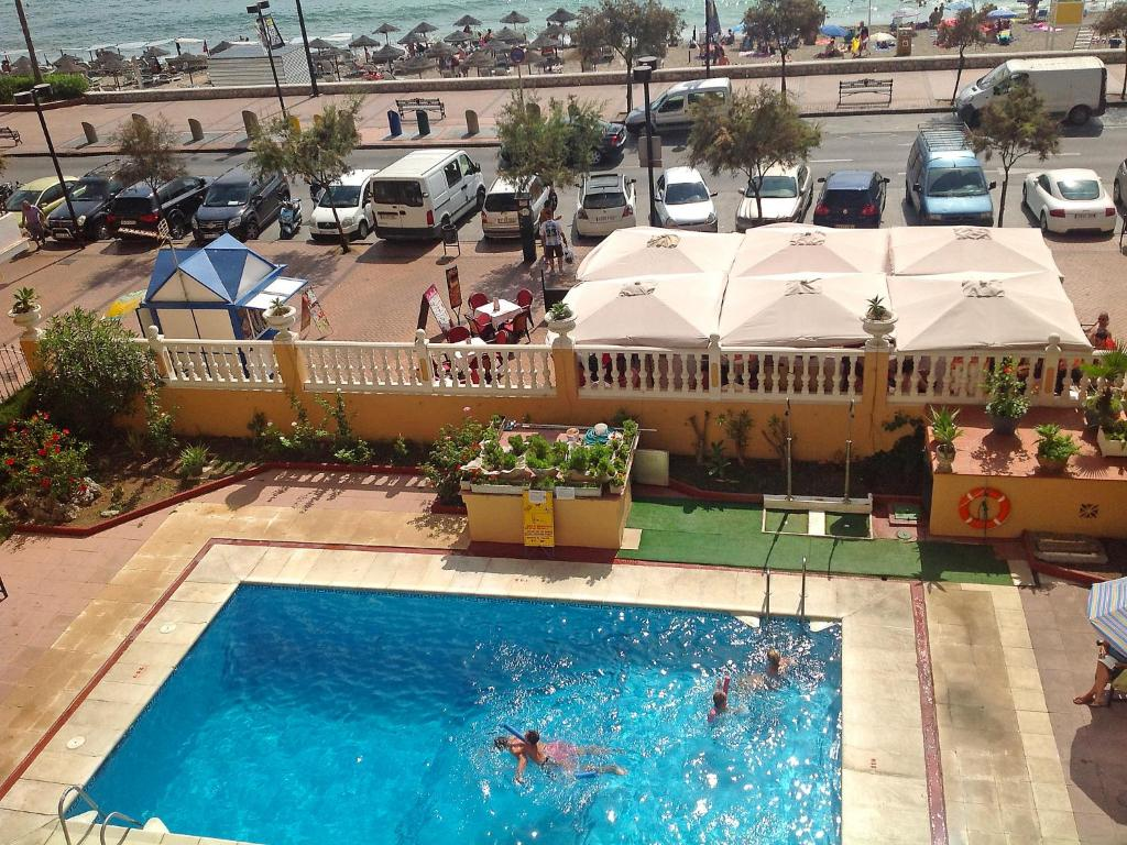 A view of the pool at Apartment Perla II or nearby