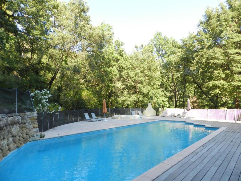 The swimming pool at or near Holiday Home Domaine du Dragon.4