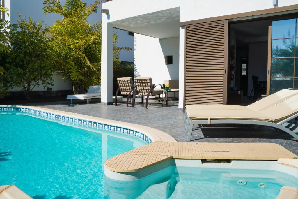 Villa Cariotas, Costa Teguise, Spain - Booking.com