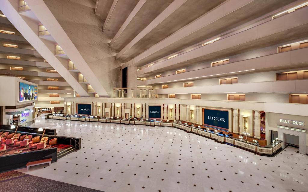 Luxor Hotel, Las Vegas, NV - Booking com