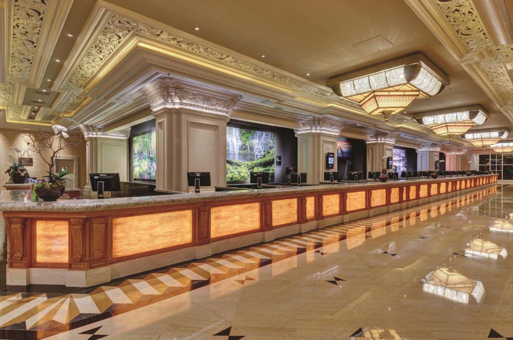Excellent Mandalay Bay Las Vegas Updated 2019 Prices Machost Co Dining Chair Design Ideas Machostcouk