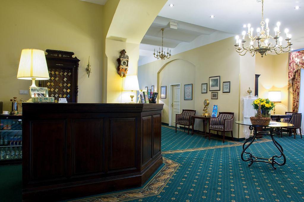 Vestibils vai reģistratūra naktsmītnē Hotel Gutenbergs