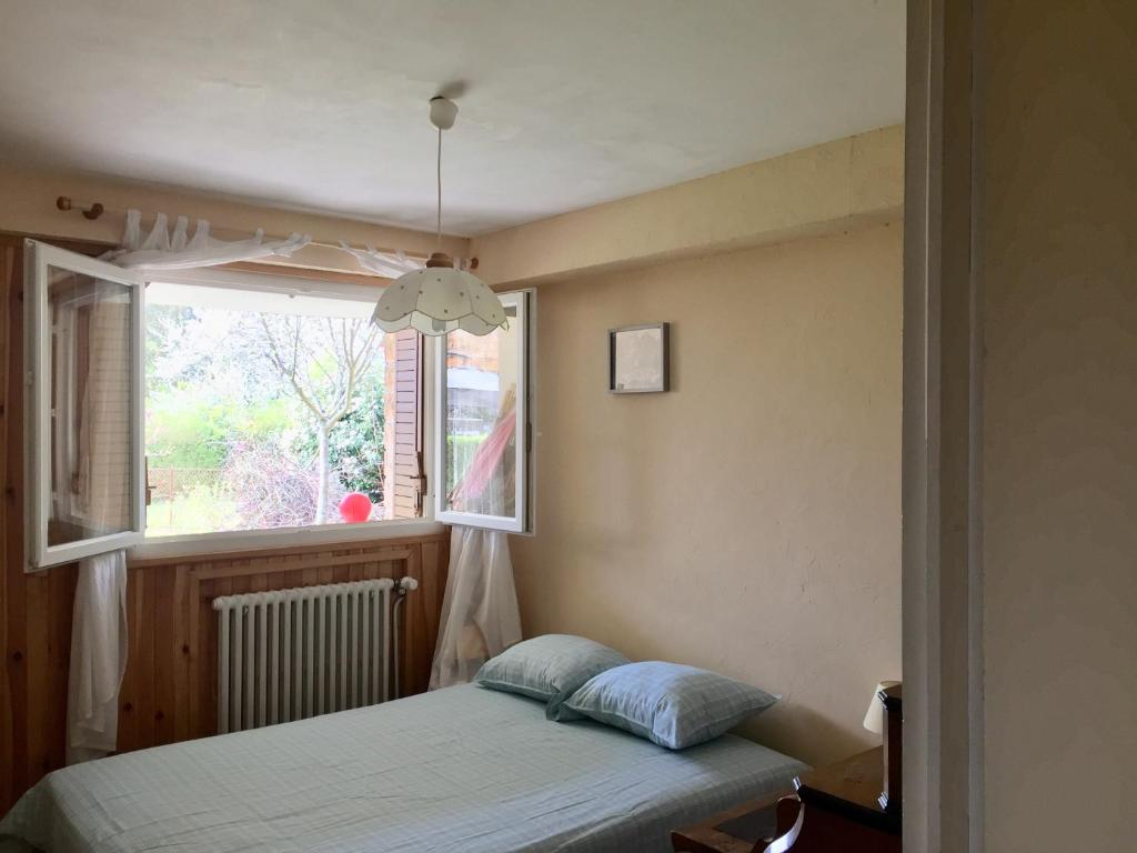 Homestay Chambre Vue Sur Jardin Charnay Les Macon France