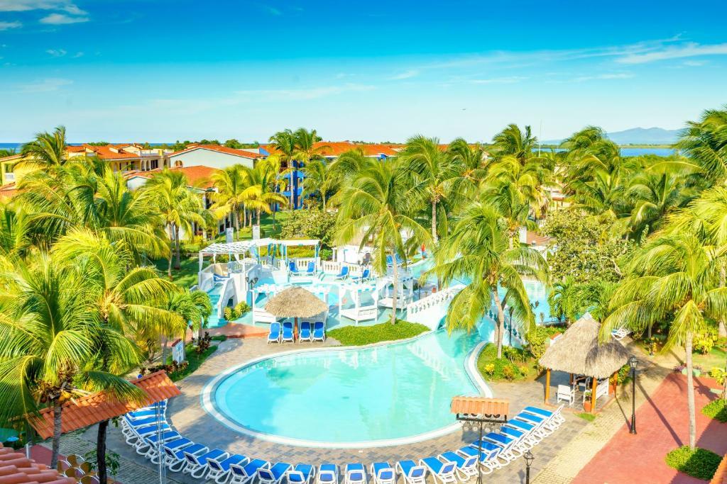 A view of the pool at Memories Trinidad del Mar - All Inclusive (former Brisas Trinidad del Mar) or nearby