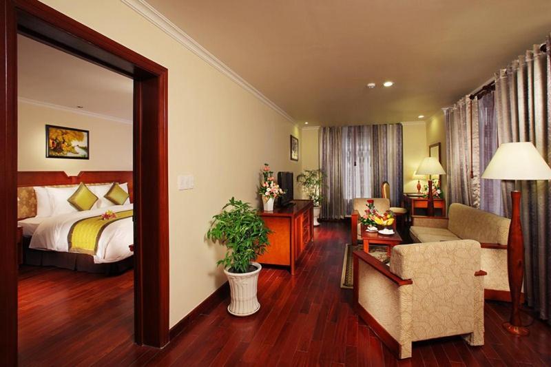 Suite - Cánh Mới