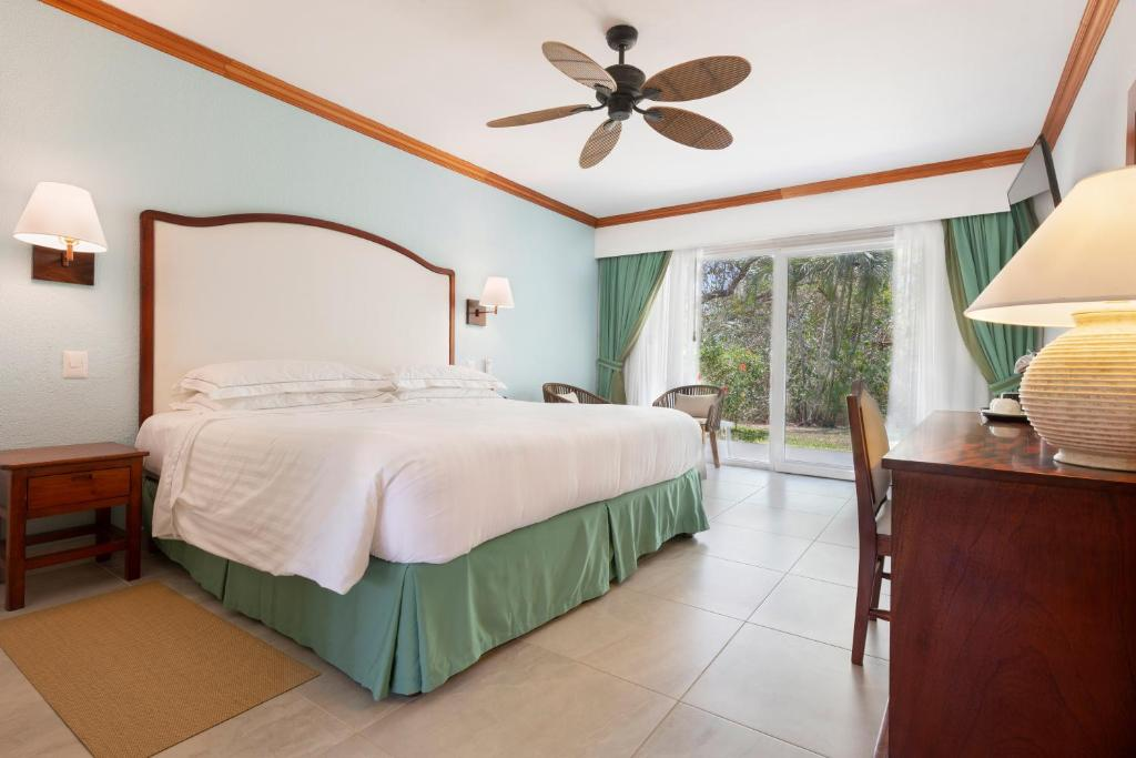 hotel occidental playa tamarindo costa rica