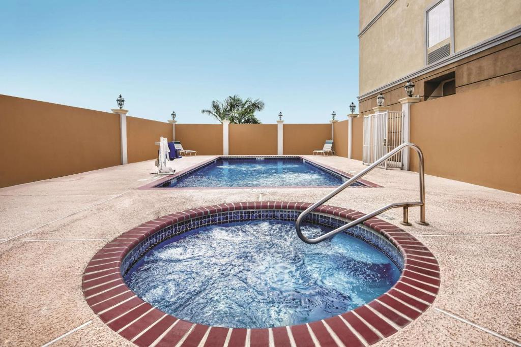 La Quinta Inn & Suites Mercedes