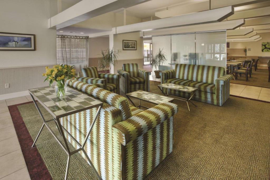 La Quinta Inn & Suites Danbury