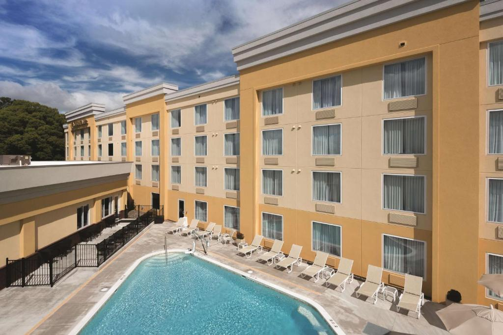 La Quinta Inn & Suites Lynchburg at Liberty University
